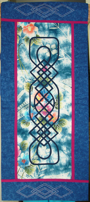 Kitty Pippen's Japanese version of Celtic Medallion IV border knot.