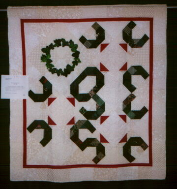 [picture of Laurie's quilt]