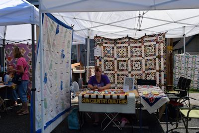 Sun Country Quilters of Red Bluff and their Opportunity Quilt