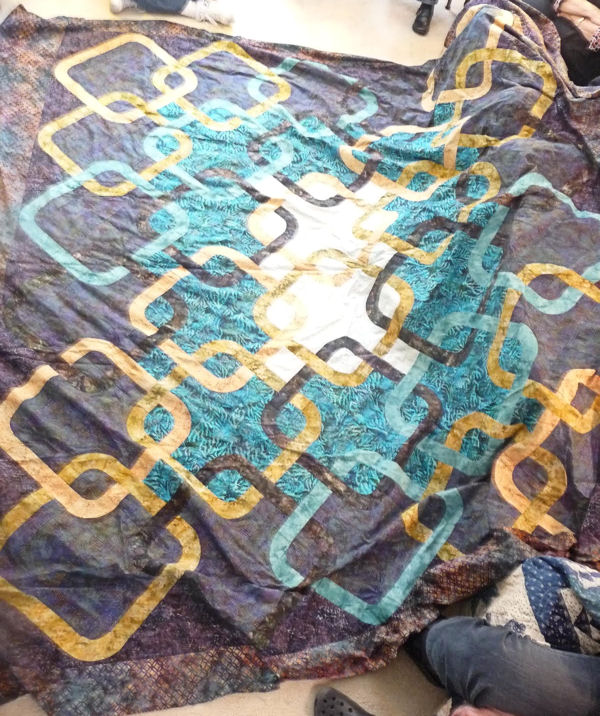 Cindy's Celtic Wedding Rings quilt top