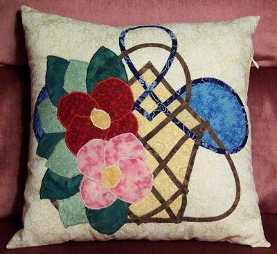 Kim Hushbeck's Celtic Basket pillow.